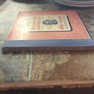 78-2-record-set-bing-crosby-ballad-for-americans-on-decca_1192862
