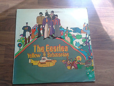 Extremely-rare-lp-the-beatles-yellow-submarine-odeon-export-gold-sticker-top_14400737
