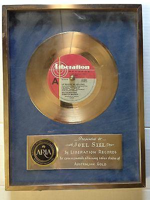 Joe-cocker-jennifer-warnes-up-where-we-belong-aria-accredited-gold-record_8937560
