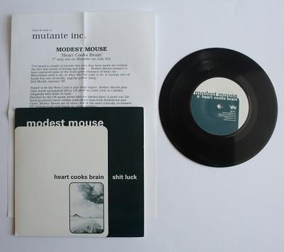 Modest-mouse-heart-cooks-brain-very-rare-limited-edition-7-vinyl-single-matador_1105114
