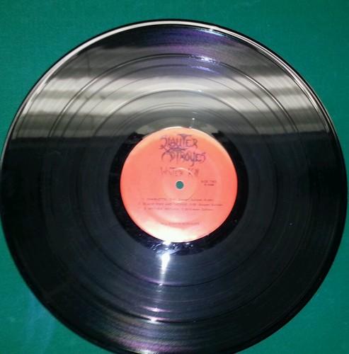 Signed-slauter-xstroyes-vinyl-winter-kill-original-signed--2_3750230